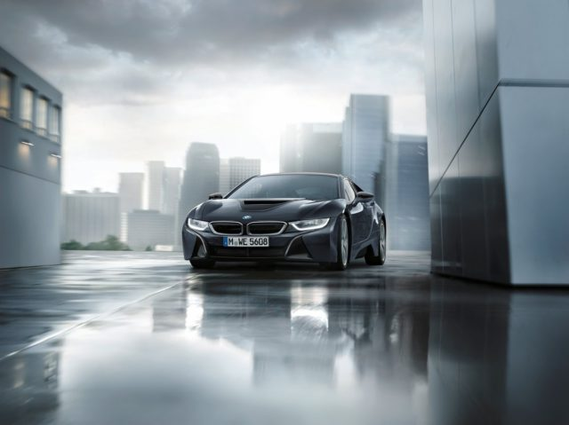 bmw-i8-protonic-dark-silver-edition-4-640x479