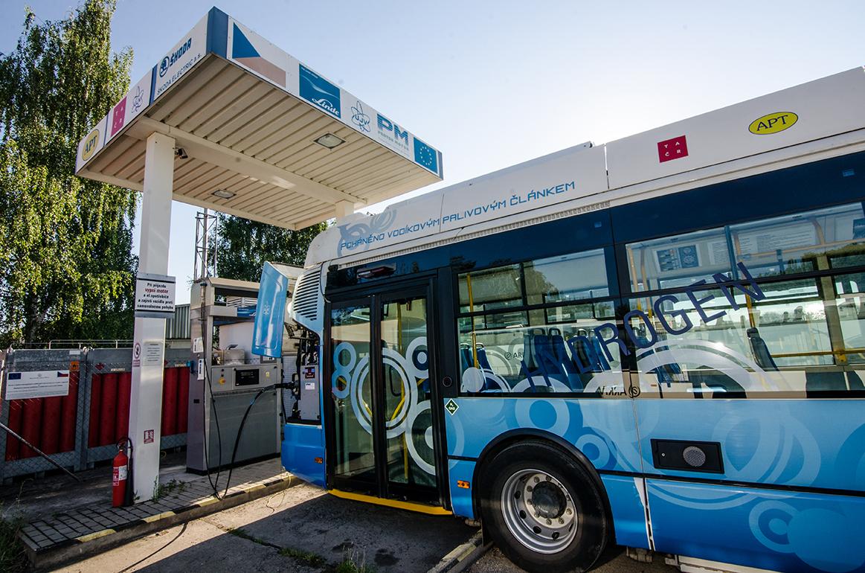 budoucnost-verejne-dopravy-v-moravskoslezskem-regionu-vodikove-autobusy_orig