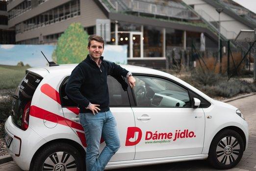 Filip_Fingl_CEO_Dame_Jidlo_Volkswagen_up