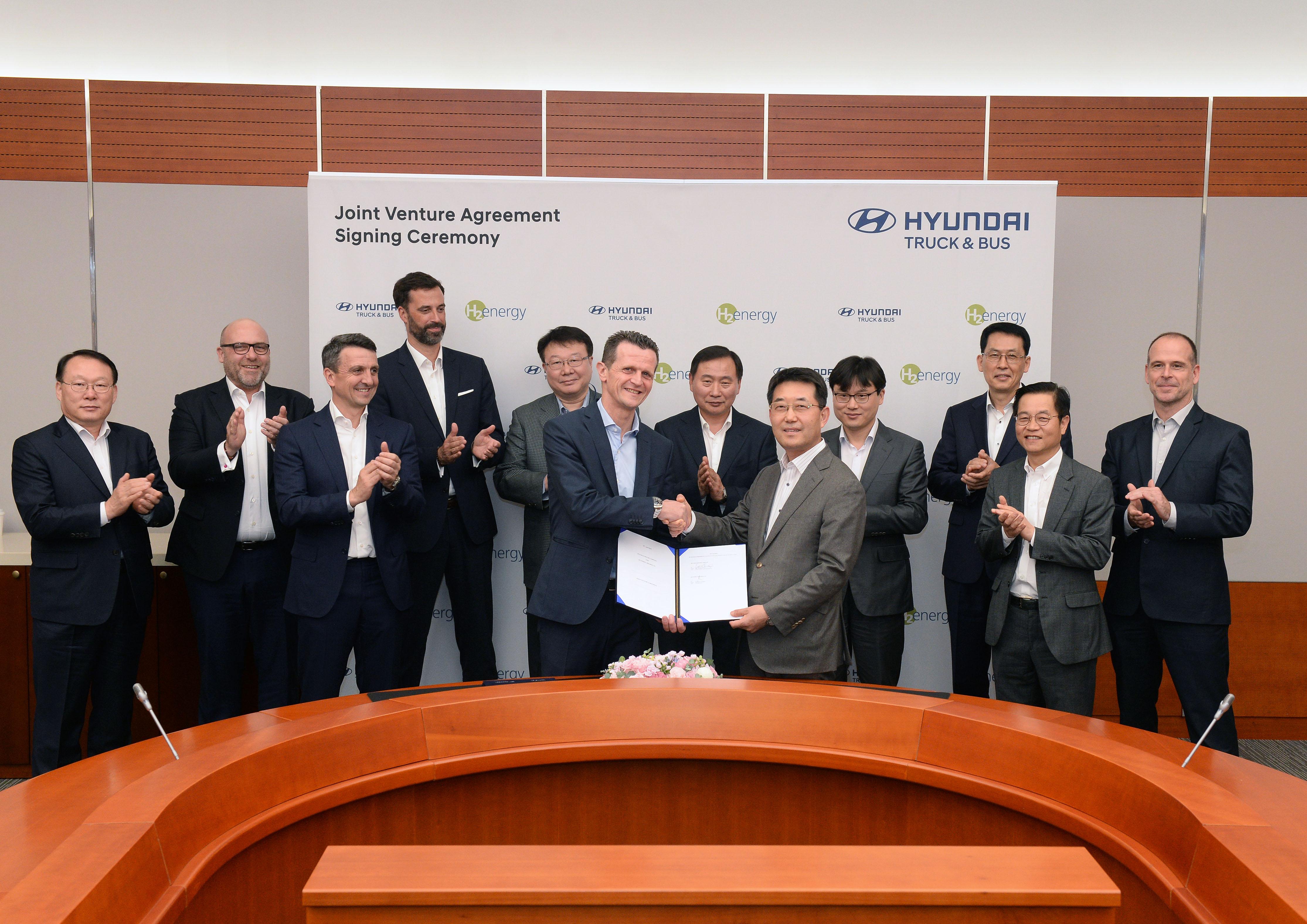 Hyundai-Hydrogen-Mobility