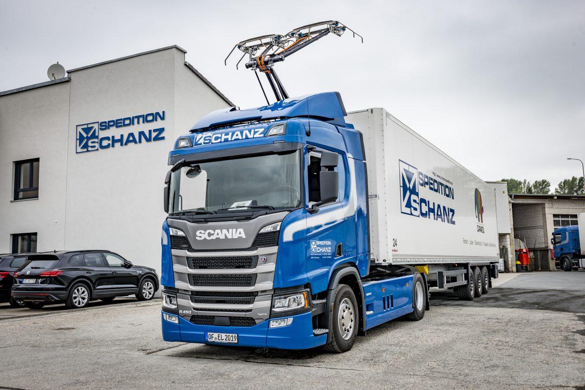 Spedition-Schanz-elektricky-tahac-Scania- (2)