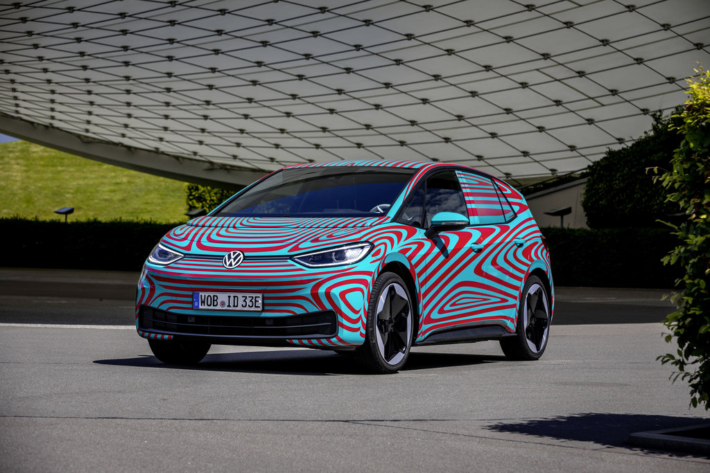 Volkswagen ID.3 - More than 30,000 reservations before its world premiere at the IAA in Frankfurt.