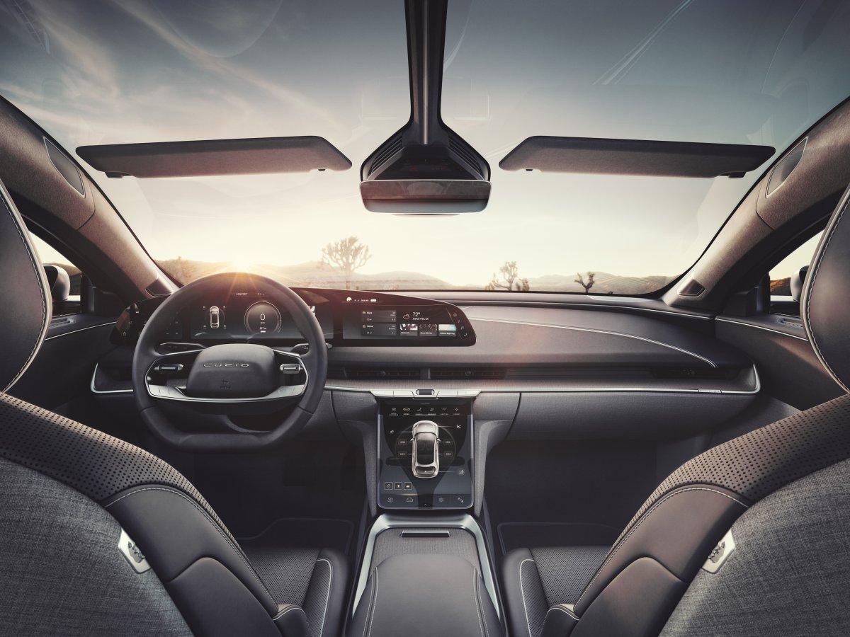2020-elektromobil-lucid-air-10